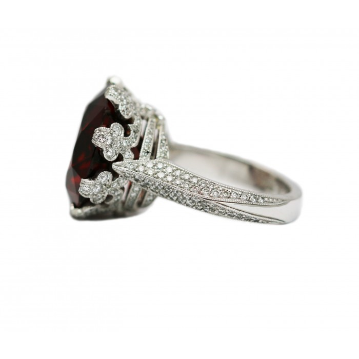 Crown Ring with Garnet - Crown Collection - Rings